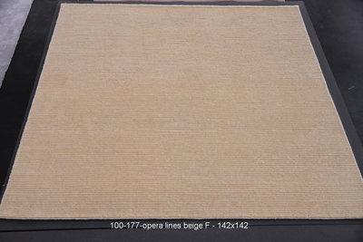 Opera Lines - Beige F - 142x142cm